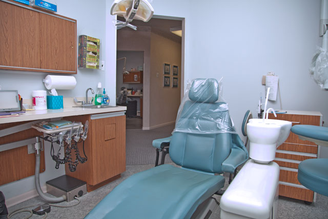 Barth and Danner Dentistry dental chair and supplies